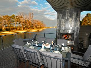 Luxury Waterfront Accommodation with Private Jetty - Paynesville vacation rentals