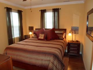 New! Charming & Comfortable Downtown Paso Rental - Paso Robles vacation rentals