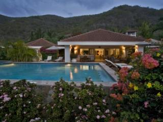 Spectacular 4 Bedroom Beach Villa in Mahoe Bay - Mahoe Bay vacation rentals