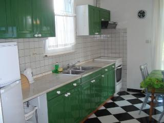 Apartments 7Kastela, Kastela city 100m from the beach - Kastel Gomilica vacation rentals