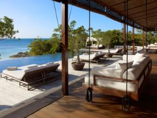 Comfortable 3 Bedroom Villa in Parrot Cay - Parrot Cay vacation rentals