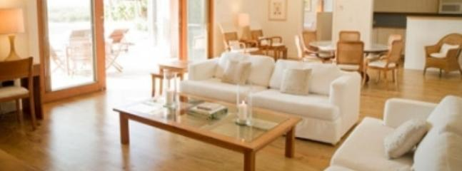 Delightful 2 Bedroom Beachfront Villa with Private Deck & Pool in Parrot Cay - Image 1 - Parrot Cay - rentals