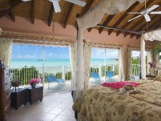 3 Bedroom Villa with Private Balcony in Providenciales - Turtle Tail vacation rentals