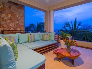 Gorgeous 4 Bedroom Condo with Private Pool in Punta Mita - Punta del Burro vacation rentals