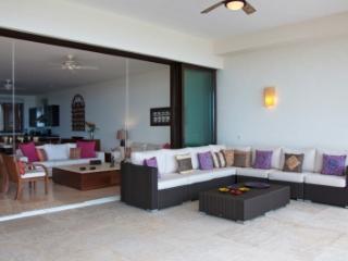 Astonishing 3 Bedroom Apartment in Punta MIta - Punta de Mita vacation rentals