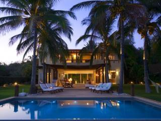 Beautiful 4 Bedroom Home Overlooking Banderas Bay in Punta Mita - Punta del Burro vacation rentals
