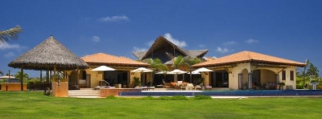 Large 7 Bedroom Estate in Punta Mita - Image 1 - Punta de Mita - rentals