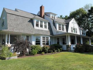 Luxury Vacation Home steps from York Harbor Beach! - York Harbor vacation rentals