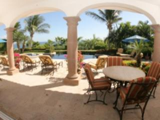 Delightful 5 Bedroom Home with Private Pool & Jacuzzi in San Jose del Cabo - San Jose Del Cabo vacation rentals