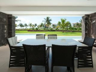 Luxury Beach Retreat Marea #203 - Playa del Carmen vacation rentals