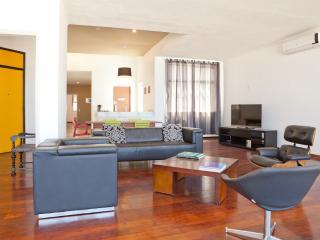 W95 - 3 Bedrooms Copacabana - Rio de Janeiro vacation rentals