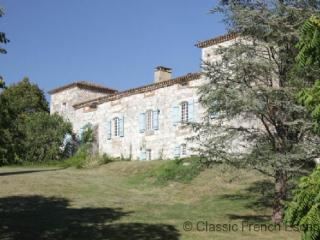 Country Courtyard Chateau FRMD123 - Catus vacation rentals