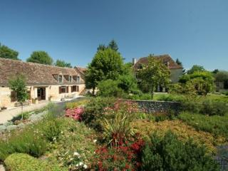 French 17th Century Manoir near Bergerac FRMD143 - Saint-Julien-de-Crempse vacation rentals
