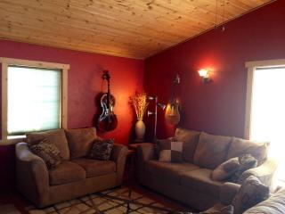 Banks Lake Cottage on Private Airport - Coulee City vacation rentals