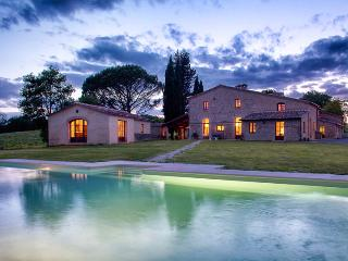 Beautiful 9 bedroom Villa in Buonconvento - Buonconvento vacation rentals