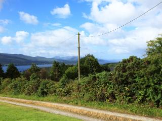 Lovely Cottage with Satellite Or Cable TV and Water Views - Kenmare vacation rentals