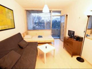 03 Holiday Apartment in Cologne vor 4 person - Gremberghoven vacation rentals