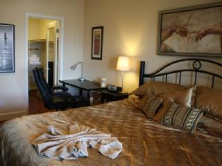 1 br Hilltop Suite for 2, Nr. DT, Avail. 4/2015 - San Jose vacation rentals
