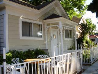 Dwntn Craftsman Farmhouse 3BR Pets Kids - Santa Barbara County vacation rentals