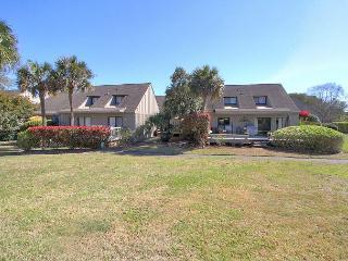 Oversized 2 BD Jewel, Walk to Beach, 20 yds to Pool, Free Bikes, Pet Friendly - Hilton Head vacation rentals
