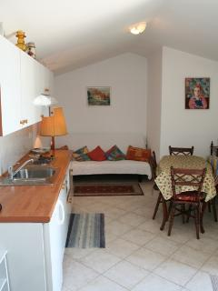 Pretty and welcoming apartment APP8 in Villa Zora for 4 persons in Icici - Icici vacation rentals