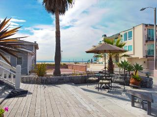HBA Executive Entertainers Beach Villa - Steps to the sand! Luxury Beach House Perfect for Discerning Travelers! - Hermosa Beach vacation rentals