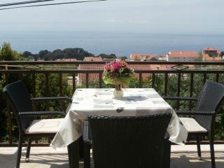 Romantic 1 bedroom Condo in Dubrovnik - Dubrovnik vacation rentals