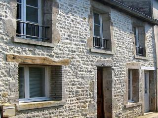stone cottage in centre of Ste Mere Eglise - Sainte-Mere-Eglise vacation rentals