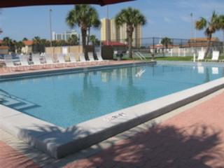 Horizon South  is Small Dog Friendly! Sleeps 6 - Panama City Beach vacation rentals