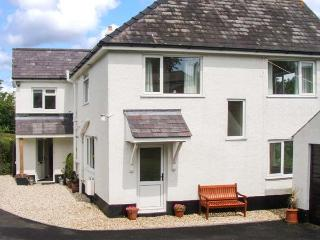 ANCHOR COTTAGE, raised garden, close to the beach, in Saundersfoot, Ref. 21546 - Saundersfoot vacation rentals