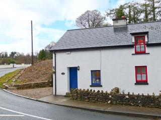 STATION COTTAGE, fantastic touring base, open fire, beautiful surruonding scenery, semi-detached cottage in Rathdrum, Ref. 30891 - County Wicklow vacation rentals
