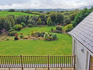 BLUEBELL HOUSE AND GARDENS, beautiful gardens, en-suite facilities, spacious cottage near Ballydehob, Ref. 904901 - Ballydehob vacation rentals