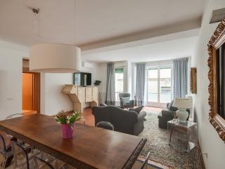 Charming 2 bedroom Apartment in Donnini - Donnini vacation rentals