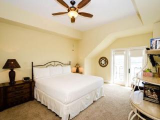 Gorgeous Watercolor Condo rental with Television - Watercolor vacation rentals
