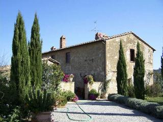 L' Apparita - Monticchiello vacation rentals