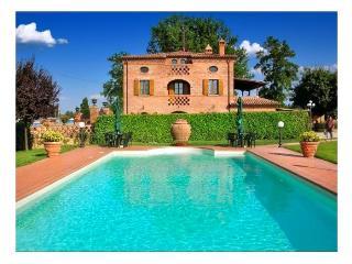Villa Porto - Foiano Della Chiana vacation rentals