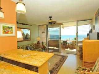 A Slice of Paradise in Oceanfront Condo (ISLAND SANDS) - Maalaea vacation rentals