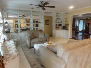 Peaceful Siesta Key Home for Snowbirds - Sarasota vacation rentals