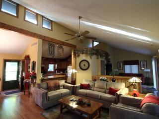 Beautiful 3 bedroom House in Galena - Galena vacation rentals