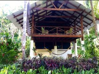Intimate home in front of Matapalo surf break - Cabo Matapalo vacation rentals