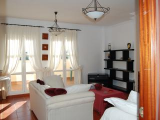 Charming Spanish Townhouse in Southern Spain - Cadiz Province vacation rentals