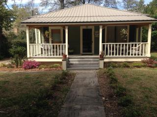 3 bedroom Cottage with Internet Access in Fairhope - Fairhope vacation rentals