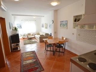 Apartment for 2-5 persons only 2 minutes from beach - Rovinj vacation rentals