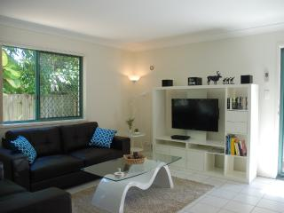 Easy Living in Vibrant Trendy Bulimba- From $170pn - Brisbane vacation rentals