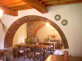 2 Bedroom Vacation House in Arezzo, Tuscany - Castel Focognano vacation rentals