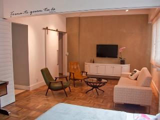 W37 - 2 BEDROOMS APARTMENT IN LAGOA - Rio de Janeiro vacation rentals
