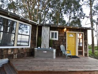Waterfront 2 * Oyster Beach - Eureka vacation rentals