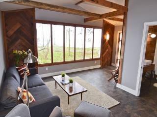 Mid Century Beach House @ Oyster Beach - Eureka vacation rentals