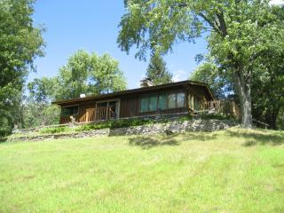 Cabin on private lake for rent in central Wis. - Mauston vacation rentals