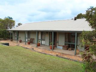 Claremont Cottage - Lovedale vacation rentals
